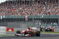 第10戦イギリスGP「レッドブルの憂鬱、マクラーレンの悩み」【F1 2010 続報】