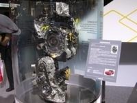 マツダといえばロータリー。エンジンの分解模型も展示されていた。