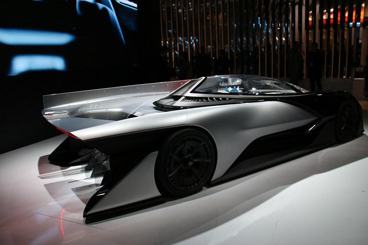 ロサンゼルスのエンジニアリング企業、ファラデイ・フューチャーによるEVコンセプトカー「FFZERO1」。デザインは、元BMWで「i3」および「i8コンセプト」を担当したリチャード・キム氏。