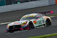 GT300クラスの2位には、No.4 グッドスマイル 初音ミク AMG(谷口信輝/片岡龍也)が入った。