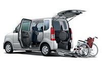 スズキ「ワゴンR車いす仕様車」を発売の画像