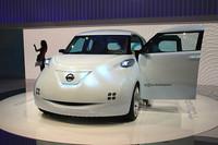 次期「キューブ」を示唆しているような、日産の電気自動車コンセプト「タウンポッド」。