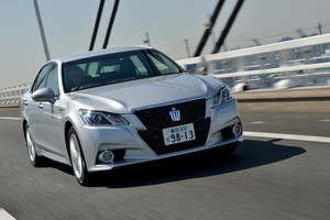 トヨタ・クラウン ハイブリッド アスリートS/ハイブリッド ロイヤルサルーンG【試乗記】