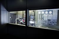 組み合わされるトランスミッション「AMGスピードシフトMCT-7」。アイドリングスタート/ストップ機構、3つの走行プログラムなどを備える。