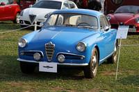 クラスC「ポストウォークラシック」(1946〜60年)にエントリーしていた、1957年「アルファ・ロメオ ジュリエッタ スプリント ヴェローチェ」。55年に登場した初代「ジュリエッタ」の高性能モデルだが、この個体はスライド式のサイドウィンドウや多くのアルミ製パーツを備えた、希少な初期型である。