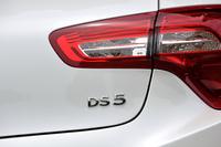 2011年の上海モーターショーで世界初公開された「DS 5」。当時はDSがブランドとして独立していなかったので「シトロエンDS5」という車名が与えられていた。