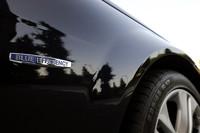 「BlueEFFICIENCY(ブルーエフィシェンシー)」は、「環境技術を通じて自動車のあるべき姿を追求する」というメルセデスのポリシー。「Cクラス」では全グレードに、その名称が冠される。