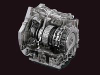 ロックアップ領域を従来より大幅に拡大したオートマチックトランスミッション「SKYACTIV-DRIVE」は、今作「アクセラ」に初搭載された。