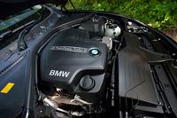 「BMW 428iグランクーペ」に搭載されるエンジンは245psと35.7kgmを発生する2リッター直4ターボ。