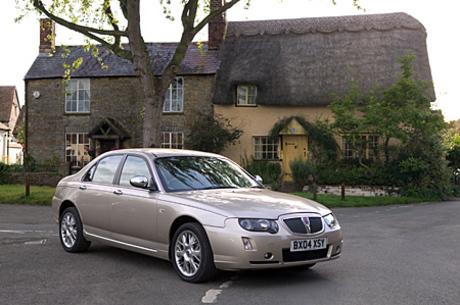 ローバー75シリーズ2003年7月から日本での販売が復活した「ローバー75」シリーズは、英国車の風情が色濃い...