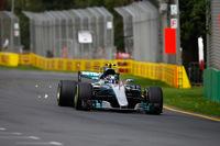 昨年末のロズベルグの衝撃的な引退宣言を受け、チャンピオンチームのシートを得るに至ったバルテリ・ボッタス(写真)。予選、決勝を通じて大きなミスなく、メルセデスでの初戦を3位で終えた。(Photo=Mercedes)