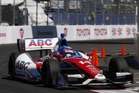2013年4月21日に決勝が行われた、IZODインディカー・シリーズ第3戦「グランプリ・オブ・ロングビーチ」の様子。