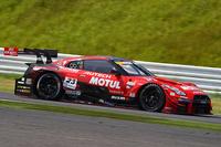 2位でレースを終えた、松田次生/ロニー・クインタレッリ組のNo.23 MOTUL AUTECH GT-R。