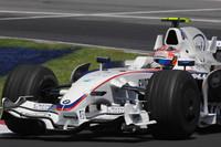 コンストラクターズランキング3位に終わったBMWザウバーは、カナダでの念願の初優勝の後、急速に戦闘力を下げ、シーズン終盤にはルノーやトロロッソ、トヨタにも先を越されるシーンも見られた。(写真=BMW)