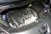 BMWと共同開発の1.6リッター直噴ターボエンジン。写真は「GTi」(後述)の175psバージョンだが、「GT」はチューニングの違いで150psとなる。