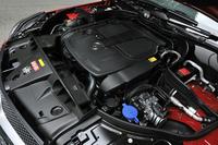 """エンジンはこれまで通り、3.5リッターV6""""ブルーダイレクト""""ユニット。アウトプットや燃費値も据え置きとなる。"""