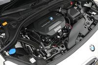 BMWの新世代ディーゼル、B47型ユニット。パワースペックは150psと33.7kgm。JC08モード燃費は22.2km/リッター。