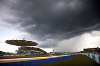 第2戦マレーシアGP「大雨でも2連勝」【F1 09 続報】