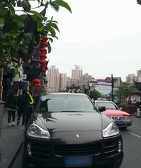 頻繁に見かける「ポルシェ・カイエン」。それもそのはず、中国での販売台数は世界ナンバーワンなのである。