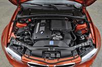 エンジンは、340psを発生する3リッター直6ターボ。低回転域からトルクが豊かなのも特徴。
