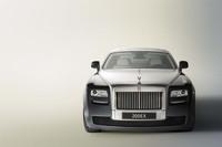 """2009年9月に発表される「ゴースト」は、写真のコンセプトカー「200EX」の市販型となる""""ベイビー・ロールス""""だ。"""