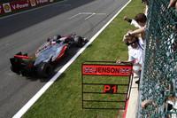 過去ベルギーGPでは未勝利、表彰台には2度しかのぼったことがなかったバトン。今年は3年以上ぶりのポールポジションから、一度もリードを譲らず、1ストップで走り切り優勝した。ポイントリーダーのアロンソからは61点も離されているが、マクラーレンの復調はタイトル争いをますます激化させるはずである。(Photo=McLaren)