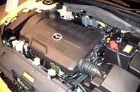 新開発の、2.3リッター「MZR」エンジン。