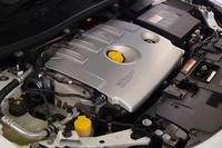220psを発生する2リッター直4ターボエンジン。車名はこれに由来する。