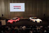会場となった日産の本社ギャラリーには、早くから多くのモータースポーツファンが集結。発表会の後は、SUPER GT各チームの監督やドライバーによるトークショーが開催され、ファンとの交流を楽しんだ。