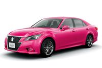 トヨタがピンクの「クラウン」を期間限定で販売の画像