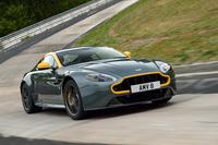 モータースポーツのイメージを取り入れた「V8ヴァンテージ」の高性能バージョン「N430」。その走りが気になる人は、webCGの海外試乗記をどうぞ。