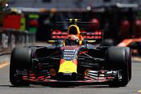 ライコネン同様、チームメイトが先んじてタイヤ交換をしたことにより、オーバーカットされ順位を落としたのがレッドブルのフェルスタッペン(写真)。やはりライコネンと同じようにチームの作戦に不満を抱きながらの5位完走となった。(Photo=Red Bull Racing)