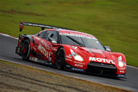 No.23 MOTUL AUTECH GT-R。11番スタートから、表彰台にのぼった。