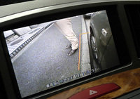 サイドブラインドモニターに映る車両左前方の映像
