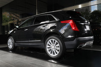 ボディーカラーは展示車両の「ステラーブラックメタリック」を含む全6色が用意されている。