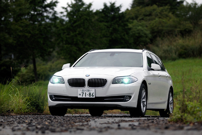 BMW523iツーリング(FR/8AT)【試乗記】