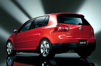 先代比50psアップ、「VWゴルフ」のスポーツモデル「GTI」発売の画像
