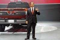 新型「タイタンXD」の発表会においてスピーチに立つ、日産のカルロス・ゴーンCEO。「タイタン」は日産が北米で販売しているフルサイズピックアップトラックであり、今回のフルモデルチェンジにともない、車名が「タイタンXD」に変更された。