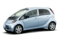 三菱「i(アイ)」に女性が喜ぶ装備搭載の特別仕様車の画像
