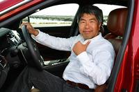 <プロフィール> 池之平昌信(いけのひら まさのぶ) 東京工芸短大写真技術科卒。在学中より国内のスポーツやレースを追いかけ、1987年にF1GPの撮影を開始。世界20カ国以上、約50カ所のサーキットなどへ赴き、300以上のレースやラリーなどのモータースポーツイベントを取材・撮影。国内外のレース専門誌、自動車雑誌、一般誌、新聞、カメラ雑誌などへの寄稿多数。1966年鹿児島生まれ。