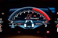 TFTメーターのデザインが変更され、走行モードごとに異なるデザインが設定されている。写真はコルサモード。