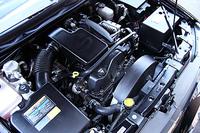93.0×102.0mmのボア×ストロークをもつアルミ製ストレート6。1気筒で軽自動車に匹敵する! DOHC4バルブのヘッドメカニズムをもつ、トレイルブレイザーのために新開発されたエンジンだ。